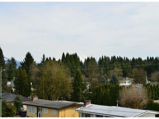 "Photo 10: 410 2038 SANDALWOOD Crescent in Abbotsford: Central Abbotsford Condo for sale in ""The Element"" : MLS®# F1404533"