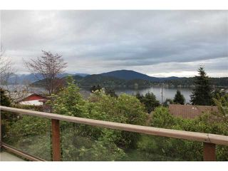 Photo 2: 552 ABBS Road in Gibsons: Gibsons & Area House for sale (Sunshine Coast)  : MLS®# V1062692