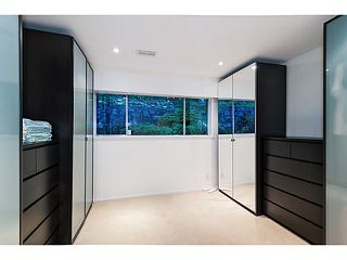 Photo 4: 558 BALLANTREE Road in West Vancouver: Glenmore House for sale : MLS®# V1087314