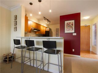 "Photo 6: 404 2181 W 12TH Avenue in Vancouver: Kitsilano Condo for sale in ""The Carlings"" (Vancouver West)  : MLS®# V1111116"