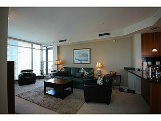 "Photo 8: 1002 1680 BAYSHORE Drive in Vancouver: Coal Harbour Condo for sale in ""BAYSHORE TOWER"" (Vancouver West)  : MLS®# V1111737"
