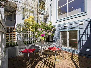 """Photo 4: 5 877 W 7TH Avenue in Vancouver: Fairview VW Townhouse for sale in """"Emerald Court"""" (Vancouver West)  : MLS®# V1119210"""