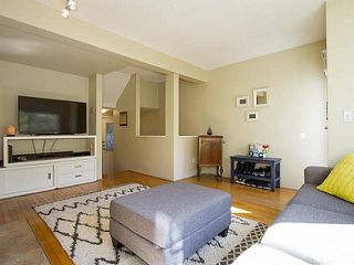 """Photo 8: 5 877 W 7TH Avenue in Vancouver: Fairview VW Townhouse for sale in """"Emerald Court"""" (Vancouver West)  : MLS®# V1119210"""