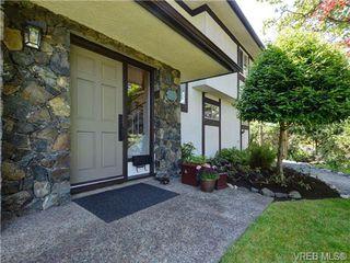Photo 3: 3928 Oakdale Pl in VICTORIA: SE Mt Doug House for sale (Saanich East)  : MLS®# 701182