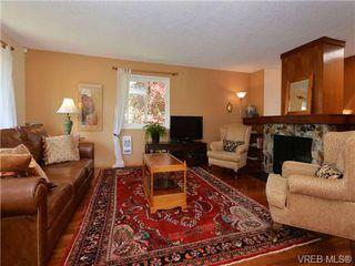 Photo 4: 3928 Oakdale Pl in VICTORIA: SE Mt Doug House for sale (Saanich East)  : MLS®# 701182