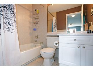 """Photo 15: 403 5759 GLOVER Road in Langley: Langley City Condo for sale in """"COLLEGE COURT"""" : MLS®# F1442596"""