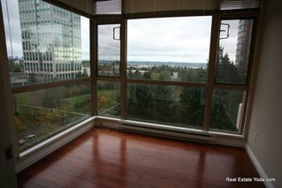 "Photo 4: 1005 6838 STATION HILL Drive in Burnaby: South Slope Condo for sale in ""THE BELGRAVIA"" (Burnaby South)  : MLS®# R2006299"