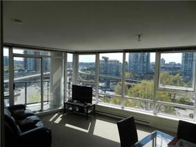 """Photo 2: 702 939 EXPO Boulevard in Vancouver: Yaletown Condo for sale in """"MAX"""" (Vancouver West)  : MLS®# R2006769"""