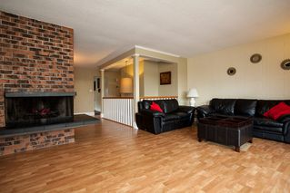 Photo 5: 15409 85A Avenue in Surrey: Fleetwood Tynehead House for sale : MLS®# R2035795