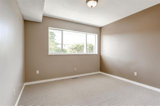 Photo 10: 19329 HAMMOND Road in Pitt Meadows: Central Meadows House for sale : MLS®# R2077042