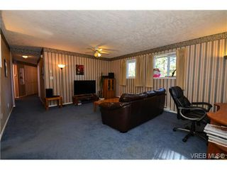 Photo 16: 121 Rockcliffe Pl in VICTORIA: La Thetis Heights House for sale (Langford)  : MLS®# 734804