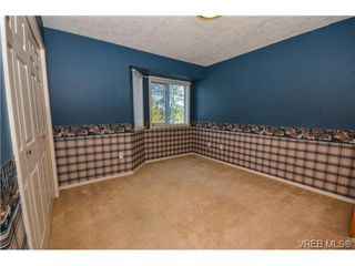 Photo 11: 121 Rockcliffe Pl in VICTORIA: La Thetis Heights House for sale (Langford)  : MLS®# 734804