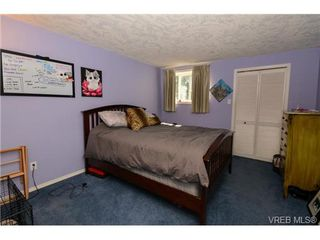 Photo 17: 121 Rockcliffe Pl in VICTORIA: La Thetis Heights House for sale (Langford)  : MLS®# 734804