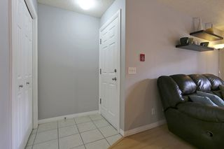 Photo 2:  in Calgary: Apartment for sale : MLS®# C4010902