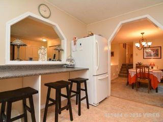 Photo 5: 7353 N Island Hwy in MERVILLE: CV Merville Black Creek House for sale (Comox Valley)  : MLS®# 743229