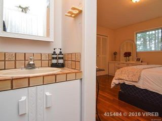 Photo 8: 7353 N Island Hwy in MERVILLE: CV Merville Black Creek House for sale (Comox Valley)  : MLS®# 743229