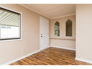 """Photo 3: 15 1640 162 Street in Surrey: King George Corridor Manufactured Home for sale in """"CHERRY BROOK PARK"""" (South Surrey White Rock)  : MLS®# R2145736"""