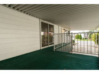 """Photo 18: 15 1640 162 Street in Surrey: King George Corridor Manufactured Home for sale in """"CHERRY BROOK PARK"""" (South Surrey White Rock)  : MLS®# R2145736"""