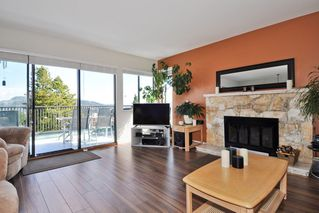 Photo 3: 115 N HOLDOM Avenue in Burnaby: Capitol Hill BN House for sale (Burnaby North)  : MLS®# R2152948
