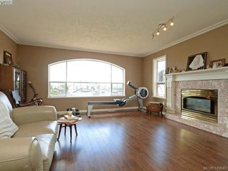 Photo 2: 2306 Evelyn Hts in VICTORIA: VR Hospital House for sale (View Royal)  : MLS®# 762856
