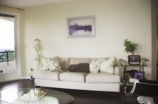 """Photo 3: 605 4603 HAZEL Street in Burnaby: Forest Glen BS Condo for sale in """"CRYSTAL PLACE"""" (Burnaby South)  : MLS®# R2183039"""