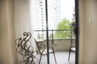 """Photo 7: 605 4603 HAZEL Street in Burnaby: Forest Glen BS Condo for sale in """"CRYSTAL PLACE"""" (Burnaby South)  : MLS®# R2183039"""