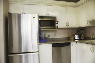 """Photo 5: 605 4603 HAZEL Street in Burnaby: Forest Glen BS Condo for sale in """"CRYSTAL PLACE"""" (Burnaby South)  : MLS®# R2183039"""
