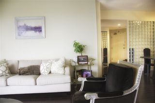 """Photo 4: 605 4603 HAZEL Street in Burnaby: Forest Glen BS Condo for sale in """"CRYSTAL PLACE"""" (Burnaby South)  : MLS®# R2183039"""