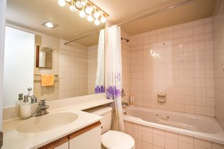 """Photo 10: 603 6055 NELSON Avenue in Burnaby: Forest Glen BS Condo for sale in """"La Mirage II"""" (Burnaby South)  : MLS®# R2194645"""