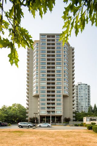 """Photo 1: 603 6055 NELSON Avenue in Burnaby: Forest Glen BS Condo for sale in """"La Mirage II"""" (Burnaby South)  : MLS®# R2194645"""
