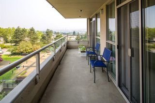 """Photo 2: 603 6055 NELSON Avenue in Burnaby: Forest Glen BS Condo for sale in """"La Mirage II"""" (Burnaby South)  : MLS®# R2194645"""