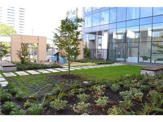 """Photo 15: 1307 6461 TELFORD Avenue in Burnaby: Metrotown Condo for sale in """"METROPLACE"""" (Burnaby South)  : MLS®# R2205017"""