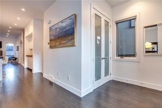 Photo 3: 4212 19 Street SW in Calgary: Altadore House for sale : MLS®# C4161978