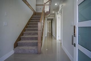 Photo 2: 32568 SALSBURY AVENUE in Mission: Mission BC House for sale : MLS®# R2230886