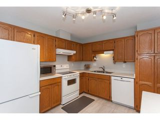 """Photo 9: 4 33123 GEORGE FERGUSON Way in Abbotsford: Central Abbotsford Townhouse for sale in """"The Britten"""" : MLS®# R2238767"""