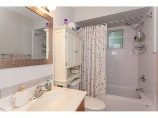 """Photo 17: 4 33123 GEORGE FERGUSON Way in Abbotsford: Central Abbotsford Townhouse for sale in """"The Britten"""" : MLS®# R2238767"""