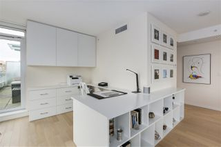 "Photo 10: 2607 1351 CONTINENTAL Street in Vancouver: Downtown VW Condo for sale in ""Maddox"" (Vancouver West)  : MLS®# R2240784"