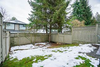 "Photo 19: 37 16016 82 Avenue in Surrey: Fleetwood Tynehead Townhouse for sale in ""Maple Court"" : MLS®# R2243965"