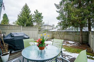 "Photo 18: 37 16016 82 Avenue in Surrey: Fleetwood Tynehead Townhouse for sale in ""Maple Court"" : MLS®# R2243965"