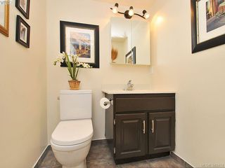 Photo 16: 403 1034 Johnson Street in VICTORIA: Vi Downtown Condo Apartment for sale (Victoria)  : MLS®# 389474