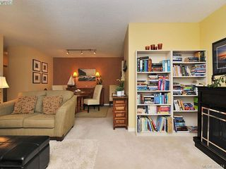 Photo 6: 403 1034 Johnson Street in VICTORIA: Vi Downtown Condo Apartment for sale (Victoria)  : MLS®# 389474