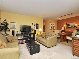Photo 5: 403 1034 Johnson Street in VICTORIA: Vi Downtown Condo Apartment for sale (Victoria)  : MLS®# 389474