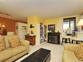 Photo 3: 403 1034 Johnson Street in VICTORIA: Vi Downtown Condo Apartment for sale (Victoria)  : MLS®# 389474