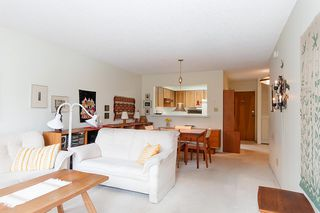 """Photo 9: 204 2101 MCMULLEN Avenue in Vancouver: Quilchena Condo for sale in """"Arbutus Village"""" (Vancouver West)  : MLS®# R2254182"""