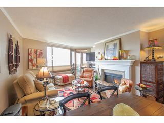 Photo 2: 511 15111 RUSSELL Avenue: White Rock Condo for sale (South Surrey White Rock)  : MLS®# R2259589