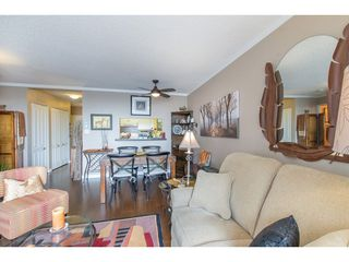 Photo 3: 511 15111 RUSSELL Avenue: White Rock Condo for sale (South Surrey White Rock)  : MLS®# R2259589