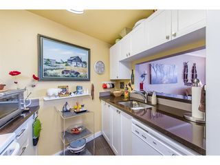 Photo 6: 511 15111 RUSSELL Avenue: White Rock Condo for sale (South Surrey White Rock)  : MLS®# R2259589