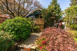 Photo 1: 5165 SHERBROOKE Street in Vancouver: Knight House for sale (Vancouver East)  : MLS®# R2262459
