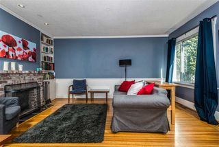 Photo 3: 5165 SHERBROOKE Street in Vancouver: Knight House for sale (Vancouver East)  : MLS®# R2262459
