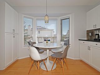 Photo 9: 8 PATINA Park SW in Calgary: Patterson Row/Townhouse for sale : MLS®# C4186745